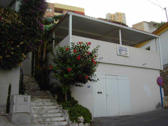 Image 3 of House for sale by the sea near Benidorm, Costa Blanca