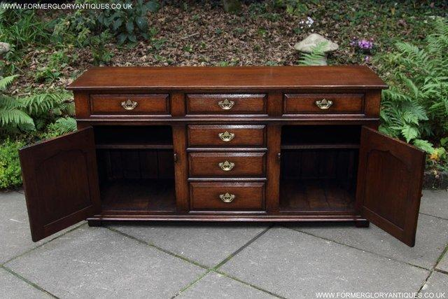 Image 4 of TITCHMARSH AND GOODWIN OAK DRESSER BASE SIDEBOARD HALL TABLE