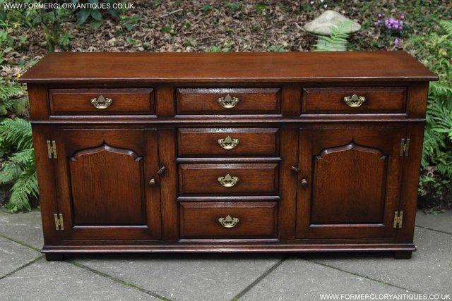 Image 10 of TITCHMARSH AND GOODWIN OAK DRESSER BASE SIDEBOARD HALL TABLE