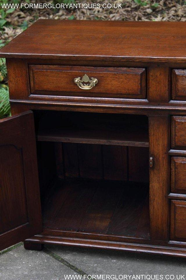 Image 18 of TITCHMARSH AND GOODWIN OAK DRESSER BASE SIDEBOARD HALL TABLE