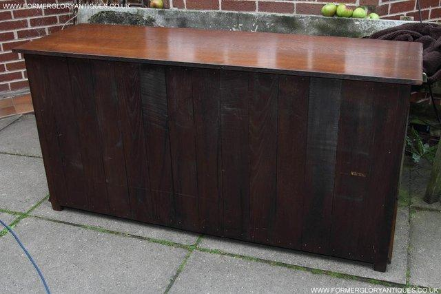 Image 20 of TITCHMARSH AND GOODWIN OAK DRESSER BASE SIDEBOARD HALL TABLE