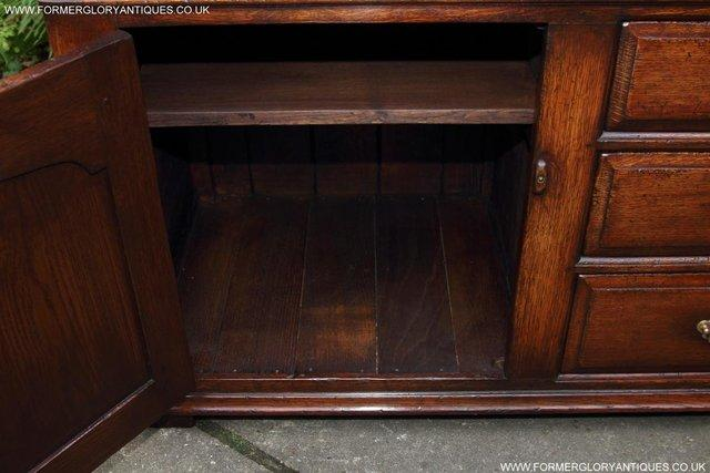 Image 22 of TITCHMARSH AND GOODWIN OAK DRESSER BASE SIDEBOARD HALL TABLE