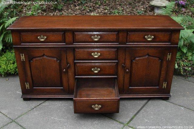 Image 23 of TITCHMARSH AND GOODWIN OAK DRESSER BASE SIDEBOARD HALL TABLE