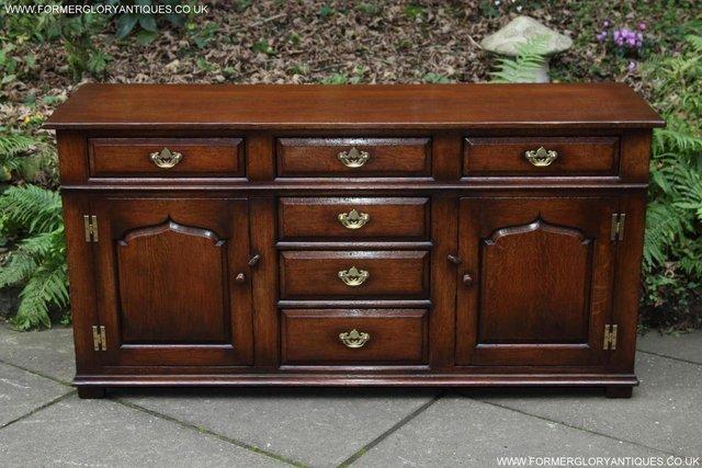 Image 30 of TITCHMARSH AND GOODWIN OAK DRESSER BASE SIDEBOARD HALL TABLE