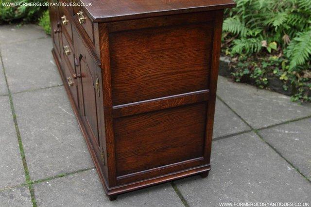 Image 38 of TITCHMARSH AND GOODWIN OAK DRESSER BASE SIDEBOARD HALL TABLE