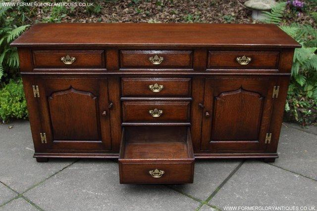 Image 55 of TITCHMARSH AND GOODWIN OAK DRESSER BASE SIDEBOARD HALL TABLE