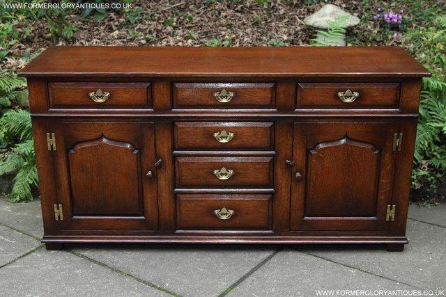 Image 66 of TITCHMARSH AND GOODWIN OAK DRESSER BASE SIDEBOARD HALL TABLE