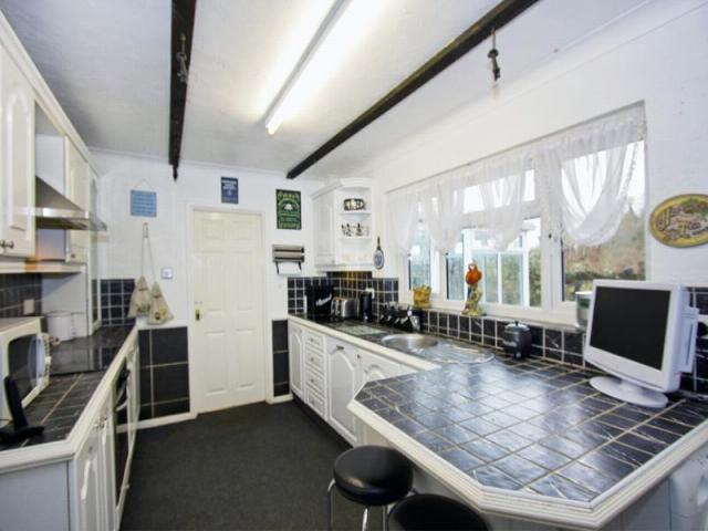 Image 22 of MEADOW COTTAGE, 4 BED BUNGALOW, TN15 7SR