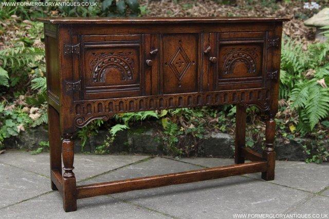 Image 22 of TITCHMARSH GOODWIN OAK DRESSER BASE SIDEBOARD TABLE CABINET