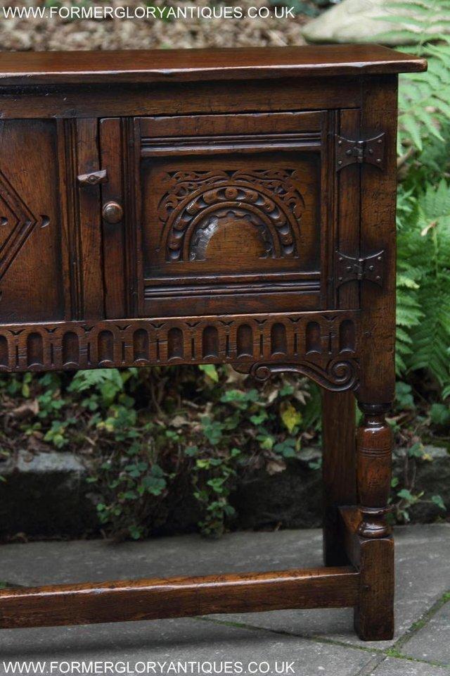 Image 36 of TITCHMARSH GOODWIN OAK DRESSER BASE SIDEBOARD TABLE CABINET
