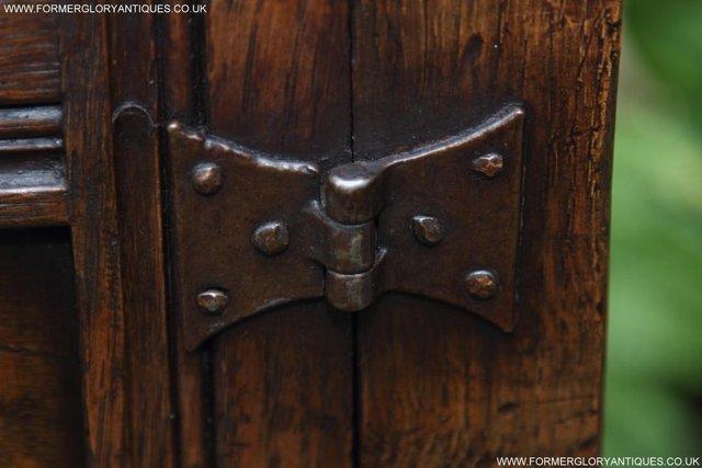 Image 54 of TITCHMARSH GOODWIN OAK DRESSER BASE SIDEBOARD TABLE CABINET
