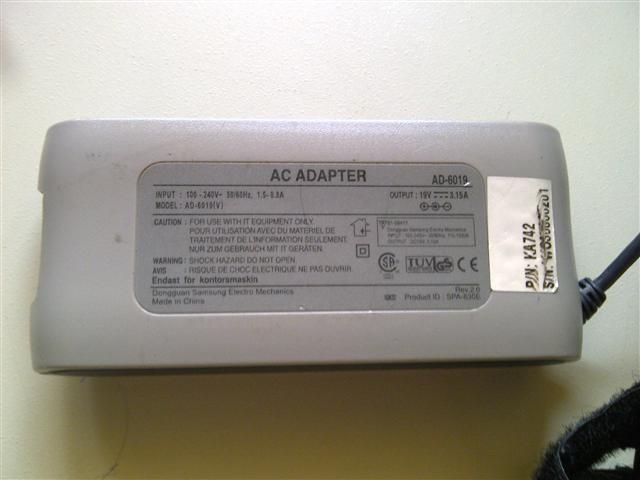 Image 2 of Samsung GT9000 Laptop Charger
