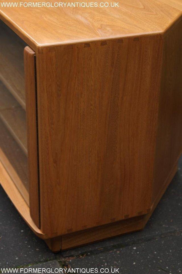Image 11 of ERCOL WINDSOR LIGHT ELM CORNER TV CABINET STAND TABLE UNIT