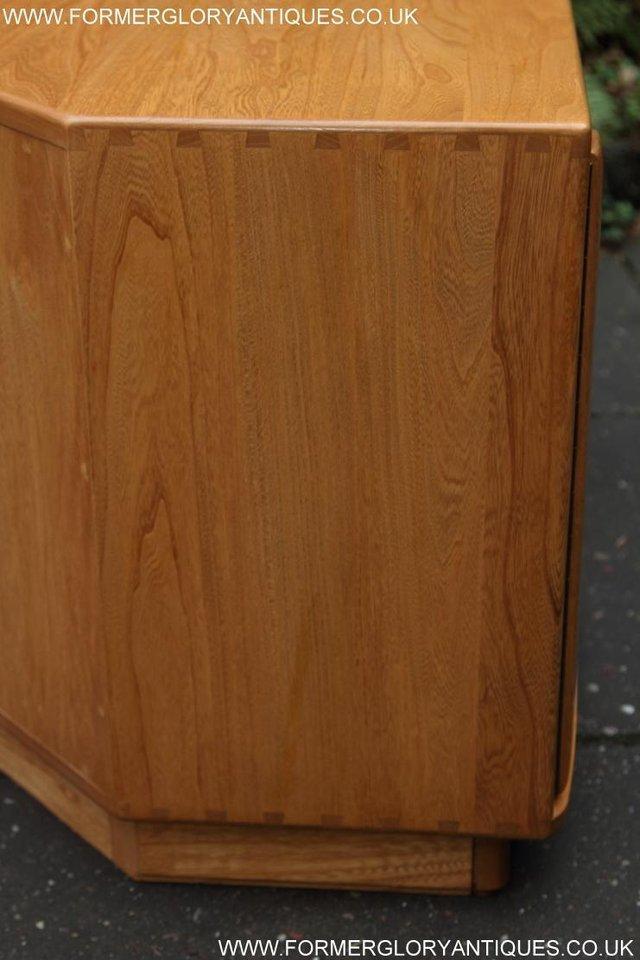 Image 29 of ERCOL WINDSOR LIGHT ELM CORNER TV CABINET STAND TABLE UNIT
