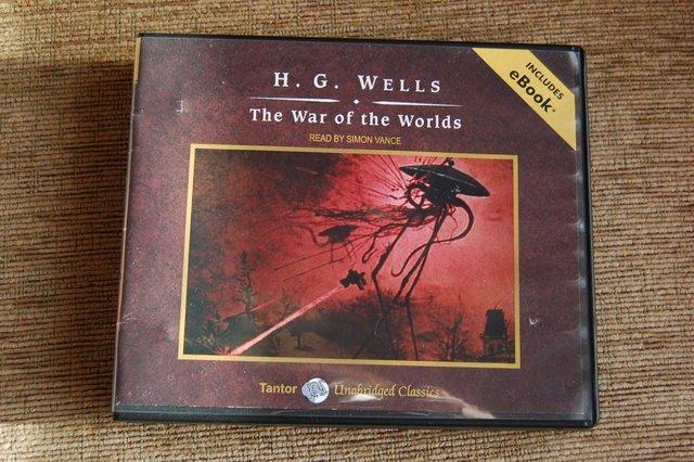 a review of hg well the war of the worlds Librarything review user review - henrimoreaux - librarything originally written in 1897 by hg wells, then adapted by malvina vogel and illustrated by brendan lynch in the 1980s this 'great illustrated classics' edition of 'the war of the worlds' is most.