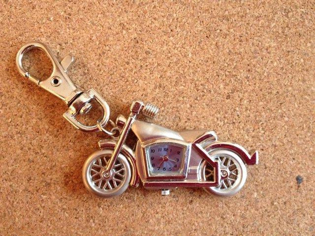 Image 2 of 4 x Motorbike Keyring with Quartz clocks brand new