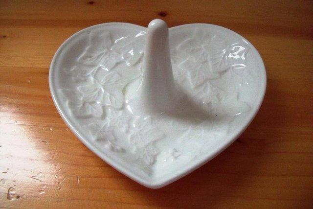 Preview of the first image of Wedgwood Classic Garden white heart shape ring holder/dish..
