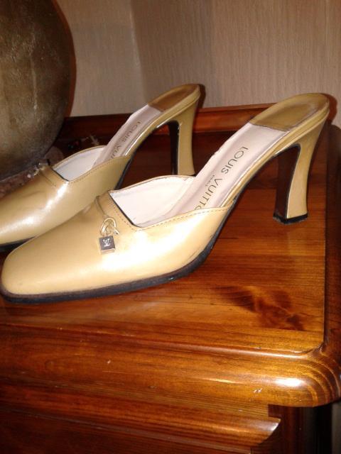 Image 2 of LOUIS VITTON VINTAGE shoes