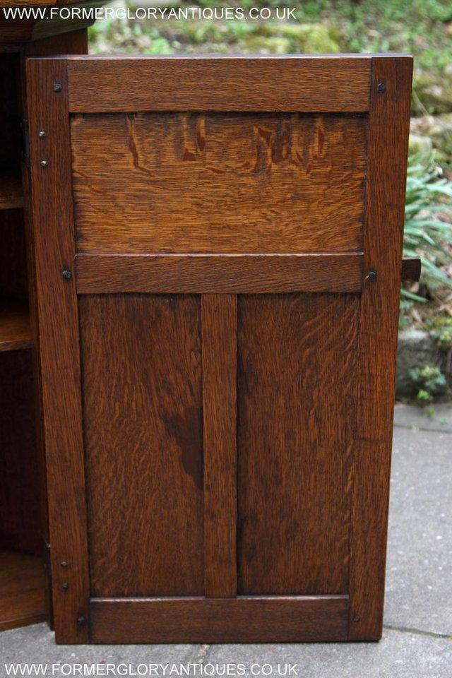 Image 8 of NIGEL RUPERT GRIFFITHS OAK CORNER CABINET CUPBOARD SHELVES