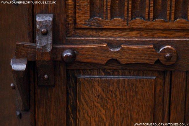 Image 17 of NIGEL RUPERT GRIFFITHS OAK CORNER CABINET CUPBOARD SHELVES