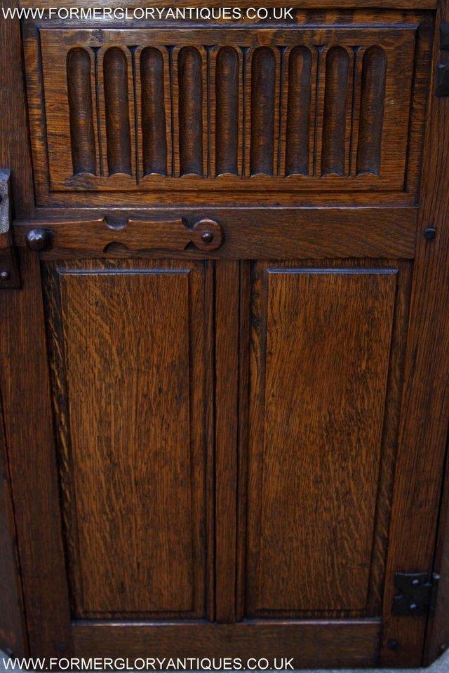 Image 37 of NIGEL RUPERT GRIFFITHS OAK CORNER CABINET CUPBOARD SHELVES