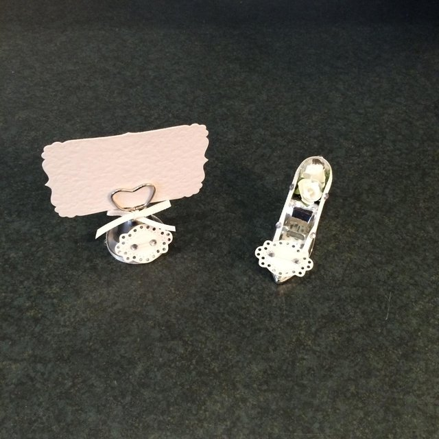 Wedding decorations second hand wedding decorations and they are a ringing bell place name with card and a wedding shoe favour there is thirty four of each and would be ideal for top table or if you are only junglespirit Choice Image