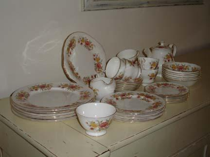 bone china dinner service - Second Hand Cutlery and Crockery, Buy ...