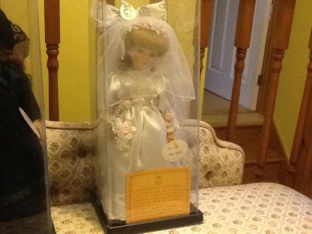 Image 2 of Porcelain dolls