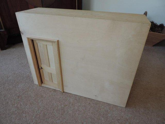 Image 6 of Dolls wooden fold out room from 'Tridias' circa 1970's