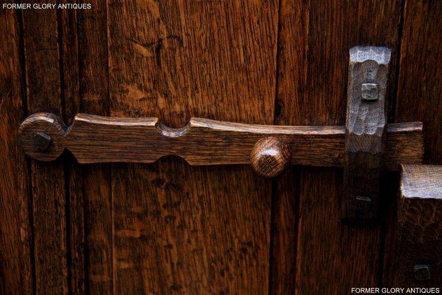 Image 43 of NIGEL RUPERT GRIFFITHS OAK DRESSER BASE SIDEBOARD HALL TABLE