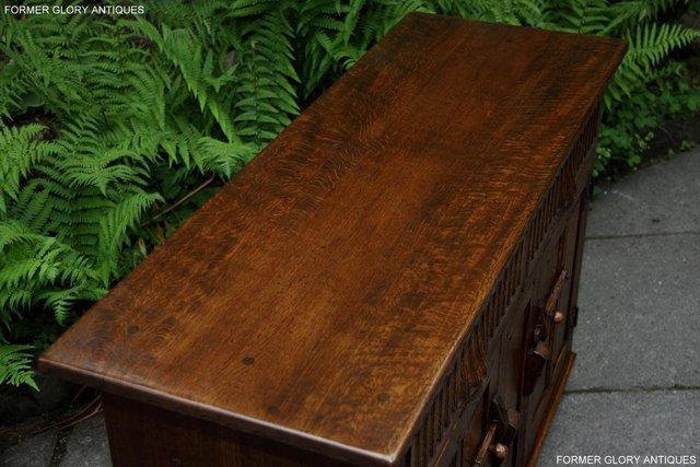 Image 48 of NIGEL RUPERT GRIFFITHS OAK DRESSER BASE SIDEBOARD HALL TABLE