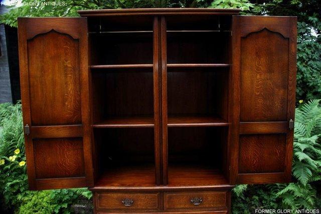 Image 51 of TITCHMARSH GOODWIN ROYAL OAK WARDROBE CHEST OF DRAWERS STAND
