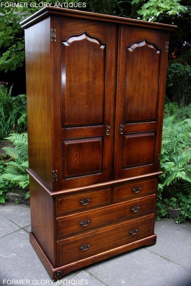 Image 58 of TITCHMARSH GOODWIN ROYAL OAK WARDROBE CHEST OF DRAWERS STAND