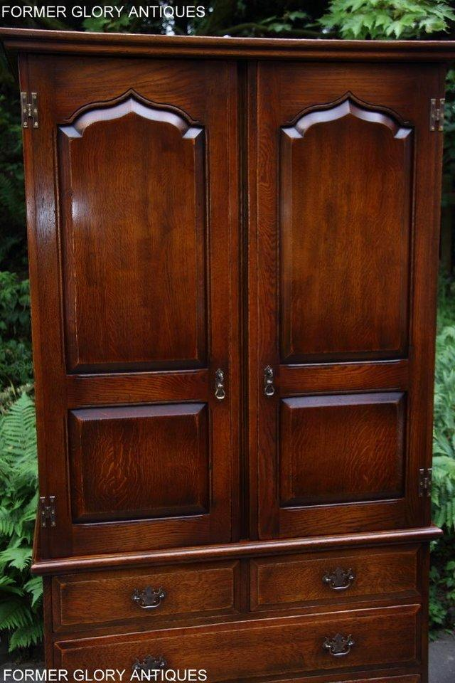 Image 82 of TITCHMARSH GOODWIN ROYAL OAK WARDROBE CHEST OF DRAWERS STAND