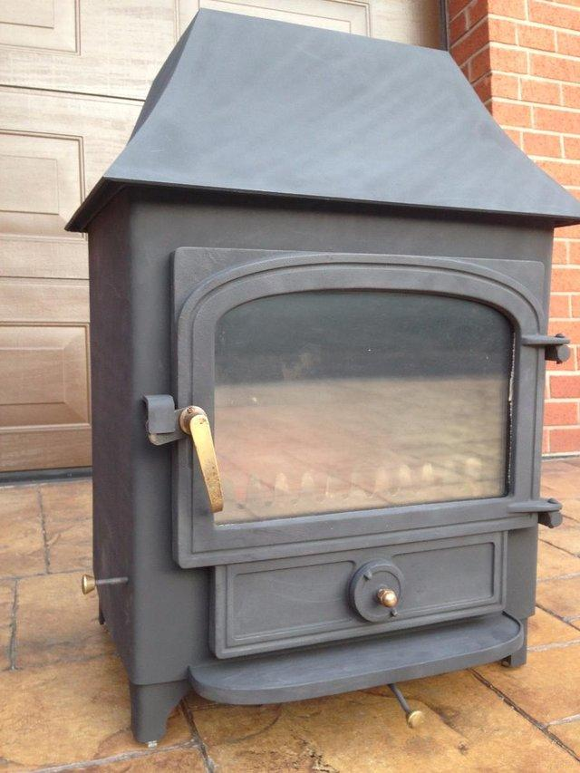 Image 2 of Clearview stove log burner multi fuel stove