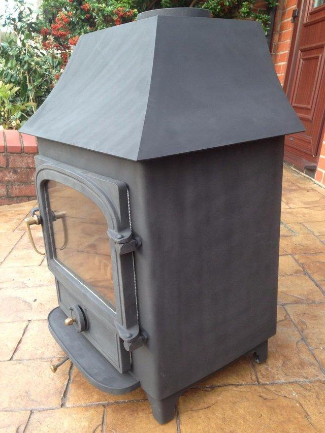 Image 3 of Clearview stove log burner multi fuel stove