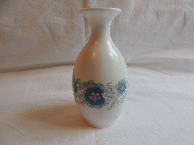 Wedgwood Vase Collectible China And Glass Buy And Sell Preloved