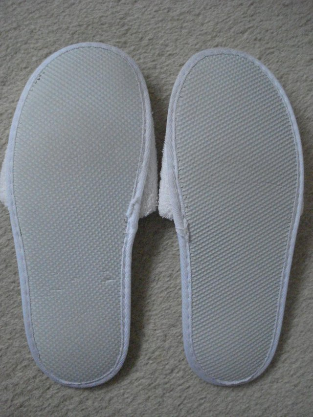 Image 2 of NEW MENS/UNISEX TOWELLING FLAT SLIPPERS/MULES FOR TRAVEL/SPA