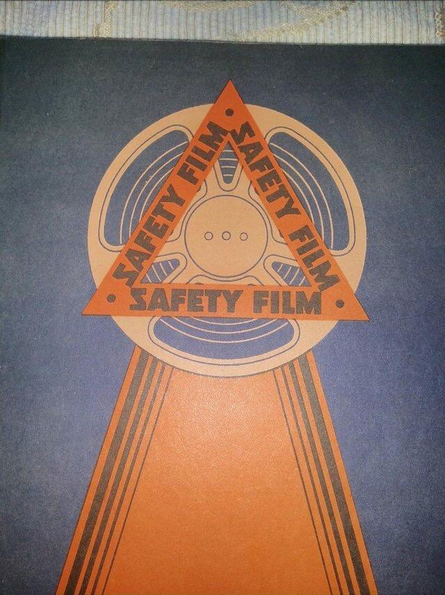 Image 15 of 1931 PATHESCOPE Safety Fim Catalogue.