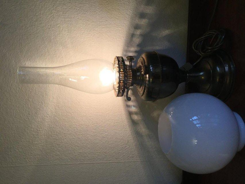 Image 3 of Antique table lamp in the style of Edwardian gas lamp