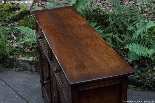 Image 17 of A TITCHMARSH & GOODWIN OAK DRESSER BASE SIDEBOARD HALL TABLE