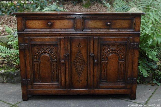 Image 22 of A TITCHMARSH & GOODWIN OAK DRESSER BASE SIDEBOARD HALL TABLE
