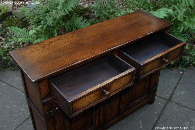 Image 23 of A TITCHMARSH & GOODWIN OAK DRESSER BASE SIDEBOARD HALL TABLE