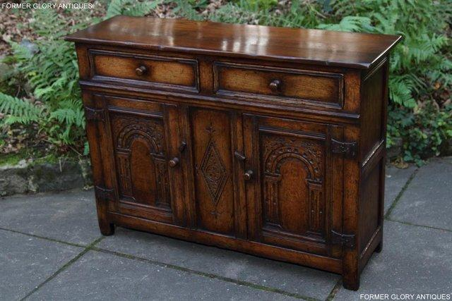 Image 25 of A TITCHMARSH & GOODWIN OAK DRESSER BASE SIDEBOARD HALL TABLE