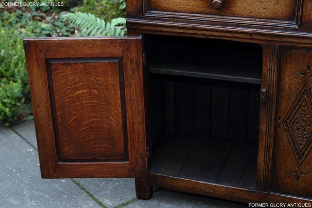 Image 28 of A TITCHMARSH & GOODWIN OAK DRESSER BASE SIDEBOARD HALL TABLE