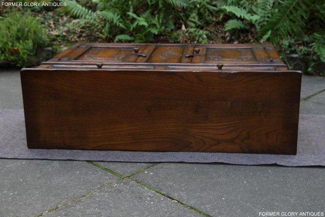 Image 32 of A TITCHMARSH & GOODWIN OAK DRESSER BASE SIDEBOARD HALL TABLE