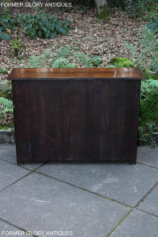 Image 33 of A TITCHMARSH & GOODWIN OAK DRESSER BASE SIDEBOARD HALL TABLE