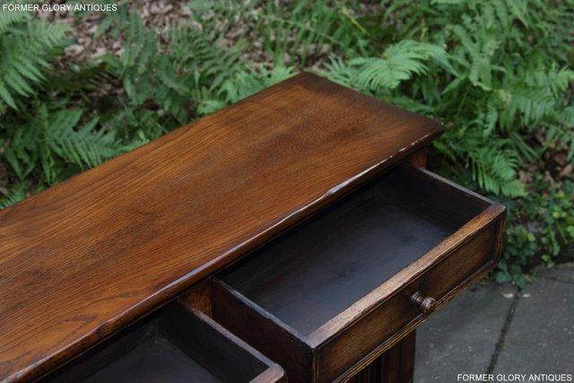 Image 35 of A TITCHMARSH & GOODWIN OAK DRESSER BASE SIDEBOARD HALL TABLE