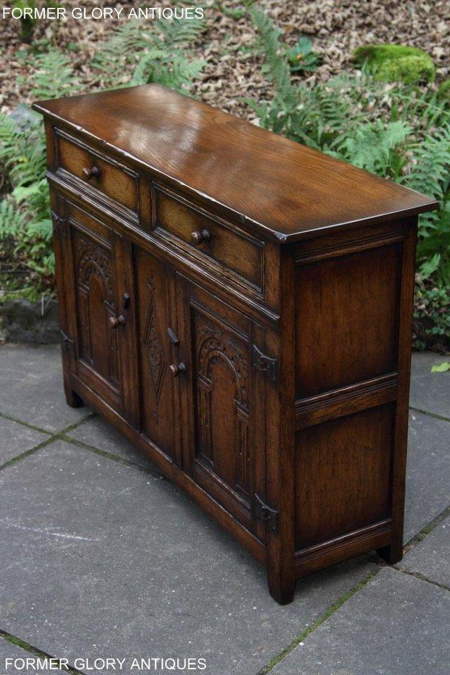 Image 37 of A TITCHMARSH & GOODWIN OAK DRESSER BASE SIDEBOARD HALL TABLE