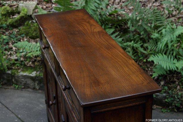 Image 42 of A TITCHMARSH & GOODWIN OAK DRESSER BASE SIDEBOARD HALL TABLE